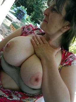 mature ladies breast xxx pics