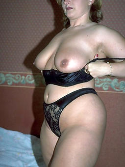 classy naked moms amature porn
