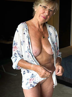 naked mature strata over 60 seduction