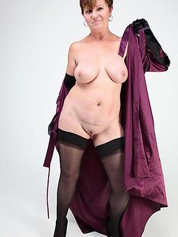 older mature skirt pics
