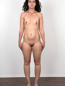 reality naked over 30 moms