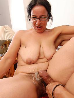 mature amateur cumshots erotic pics