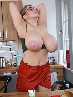 grown-up moms big tits stripping