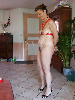 rank housewives nurturer porn pics