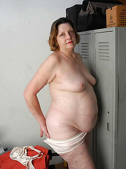 inviting chubby moms naked pics