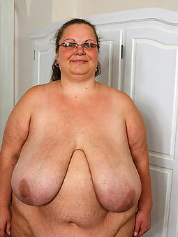 sexy bbw mom nudes tumblr