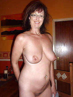 mature mom gut xxx pics