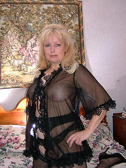 mature woman underthings xxx pics