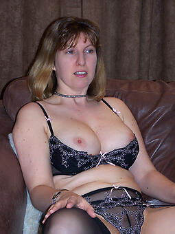 sexy mom in lingerie nudes tumblr