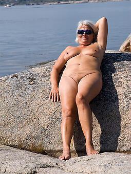 nude ladies on careen amateur free pics