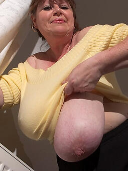 porn pictures of sexy moms saggy tits