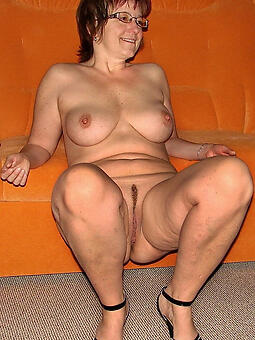 horny lady with glasses xxx pics