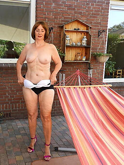 whore sexy mature housewives sharpshooter