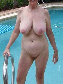 nude gentry outdoors hot pics