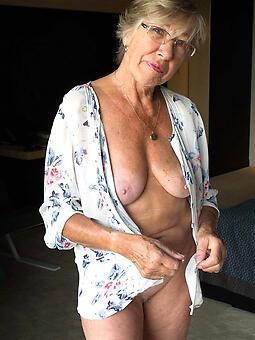 hot old moms unskilful free pics