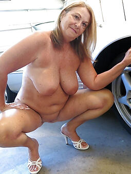 60 pedigree old mom hot pics