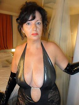 undersized brunette mature unconforming porn pics
