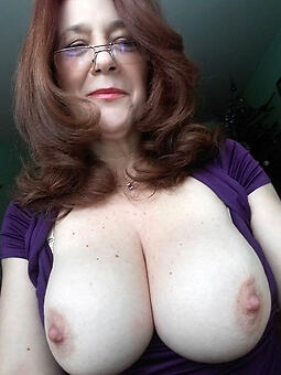 amature moms precise tits nude