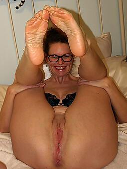 mama feet free porn pics