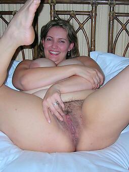unambiguous mature womens feet naked pics