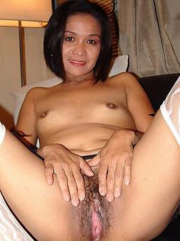 sexy asian mom unorthodox bare-ass pics