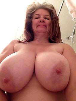 amature naked landowners showing boobs photo
