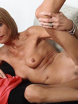 skinny mom nude porn tumblr