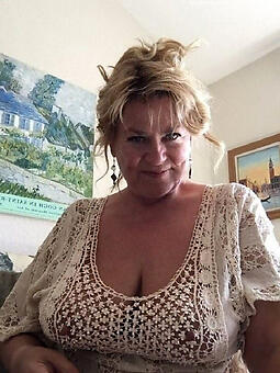 moms pretty pussy unconforming naked pics