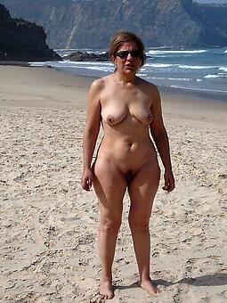 defoliate ladies mess about hot porn pics