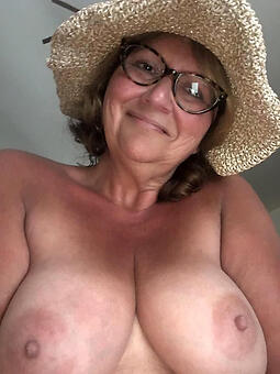 juggs mom glasses nude pictures