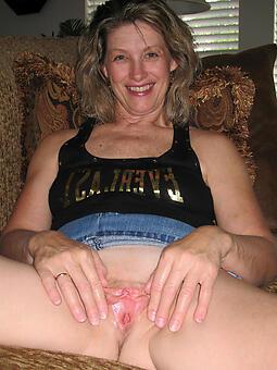 lady pussy Bohemian naked pics