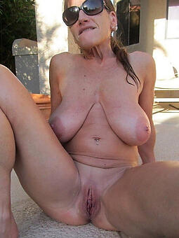 adult shaved pussy seduction