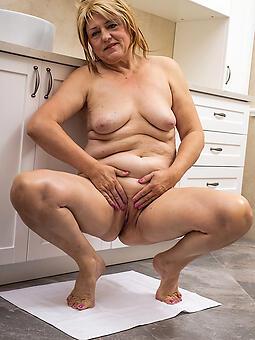 ideal stark naked moms over 60