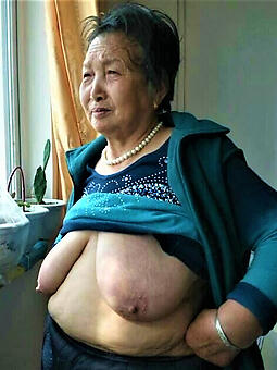 nude pictures of grown up asian women
