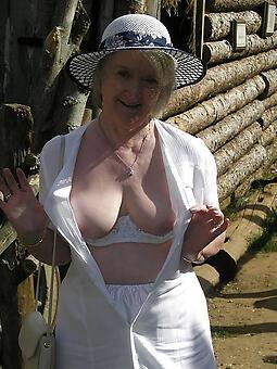 cougar mature granny lady naked