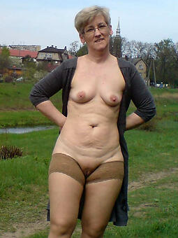 lady granny free porn pics
