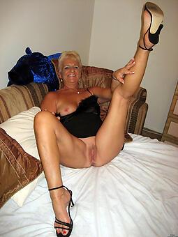 hotties moms about heels