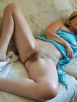 moms legs porn pellicle