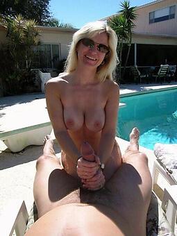 mature strata outdoors nudes tumblr
