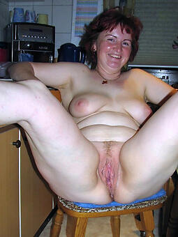 pictures of sexy wifes mom