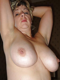 unconditioned mature big tits pics