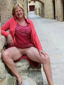 outcast hot mature lady upskirt