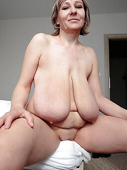 perfect blue mom saggy