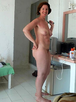 natural mature wife denuded