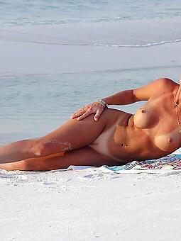 whore mature women margin photo