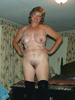 perfect nude mature housewife pussy