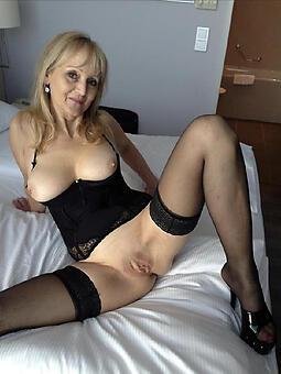 juggs sexy mom nude