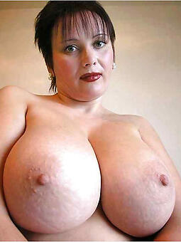 busty dam easy naked pics