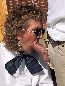 cougar mature wife blowjob