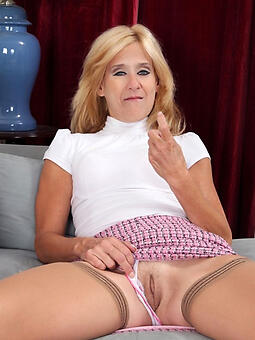 whore mature blondes like a flash